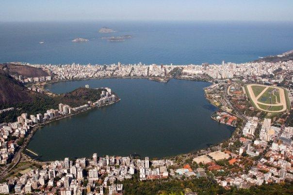 Vista de la Laguna Rodrigo da Freitas desde el Corcovado/Fotos Juan Coma