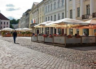 Plaza del Ayuntamiento de Tartu