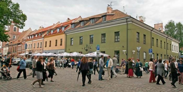 Plaza Rotuses