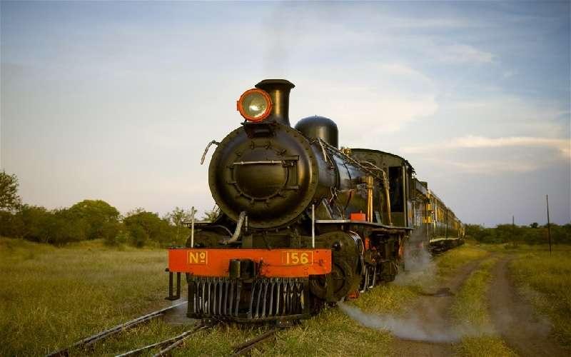 Tren histórico de vapor Royal Livingstone Express