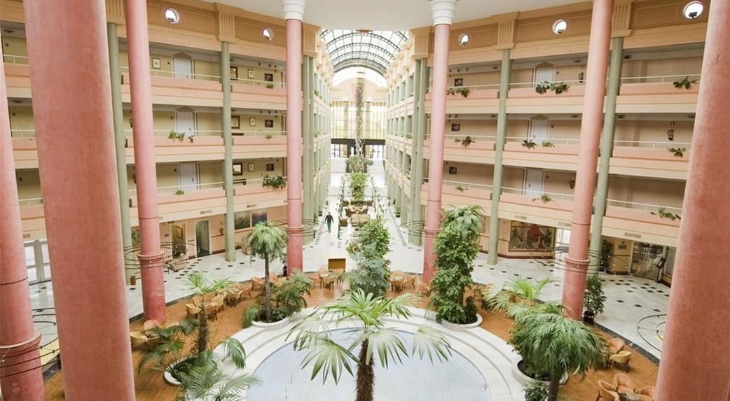 Verano en Sevilla en el Hotel TRH Alcora