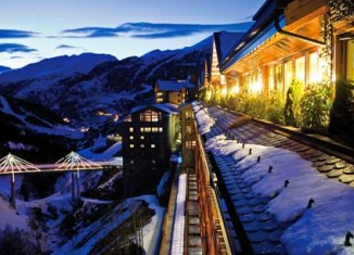 Vista Nocturna Sport Hotel Hermitage & Spa