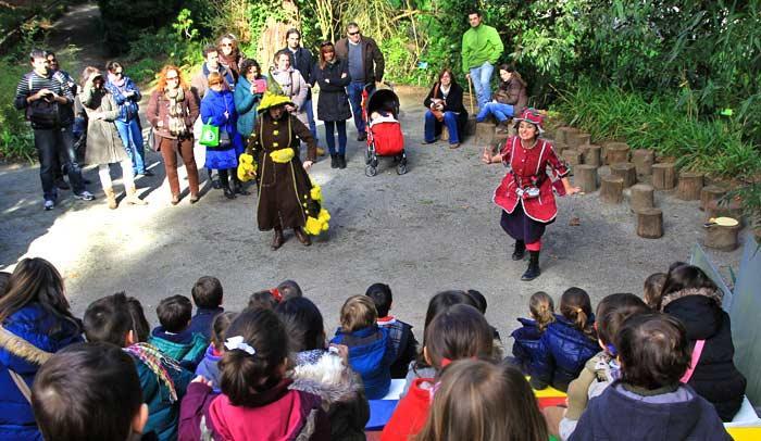 Teatro en el Bosque de los Niños, en el Jardín Botánico Atlántico de Gijón