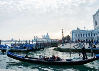 Gondolero en San MarcoGondolero veneciano © Flaminia Pelazzi