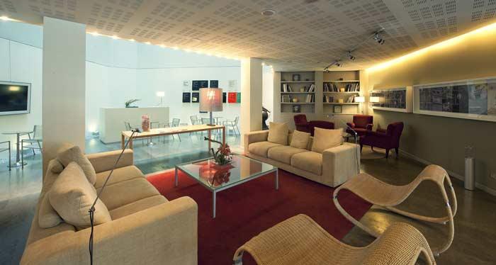 Lobby Ámister Art Hotel