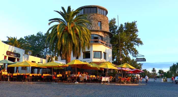 Colonia del Sacramento es uno de los principales polos turísticos de Uruguay