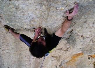 En los alrededores del camping se pueden hacer varias actividades como escalada