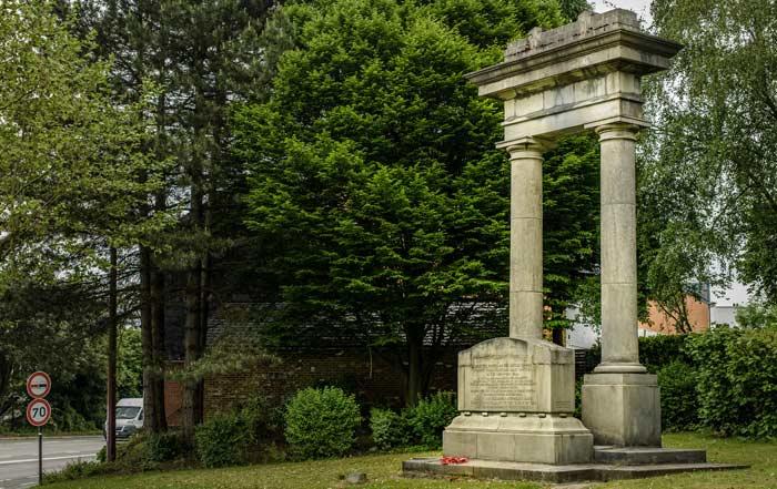 La Bascule, Monumento Conmemorativo de la Batalla De Mons © WBT-J.P.Remy