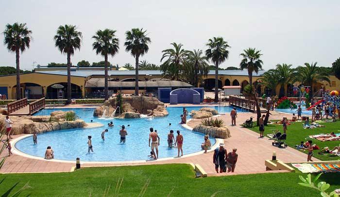 Campings de tarragona vacaciones al aire libre for Camping tarragona piscina cubierta