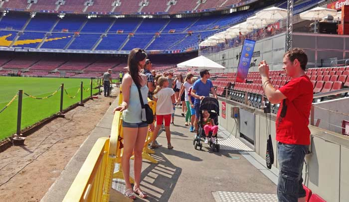 En el Camp Nou Experience se visitan varios espacios como el terreno de juego
