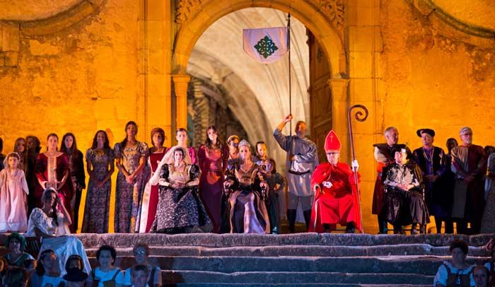 Boda Regia,  representación del enlace que unió a Isabel de Aragón con el Rey de Portugal, en Valencia de Alcántara