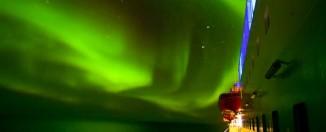 Aurora Boreal vista desde un barco Hurtigruten