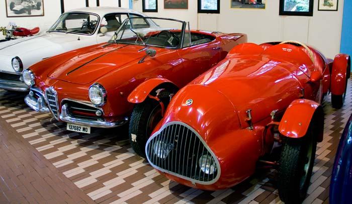 Colección de vehículos Maserati que se pueden visitar en la Quesería Hombre