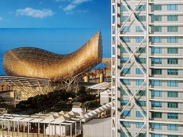 El Arts, mejor hotel de convenciones por la revista Conference & Incentives Travel Magazine