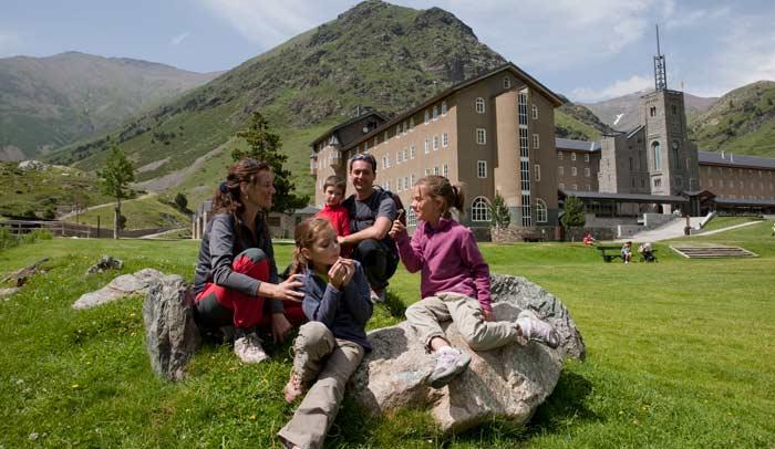 Vall de Núria es una estación ideal para conocerla en familia