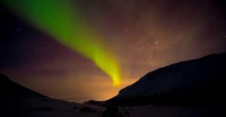 Ésta fue la primera aurora boreal que vi en Laponia Noruega.No era muy intensa pero a mí me impactó.