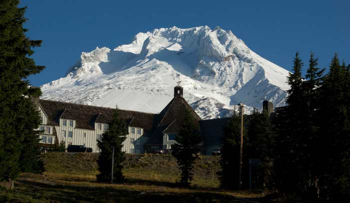 Timberline Lodge The Stanley Hotel © Trivago