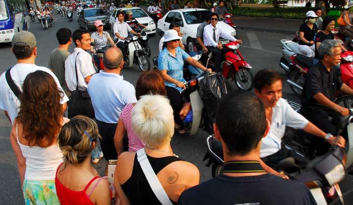 El tráfico de Hanoi es verdaderamente caótico
