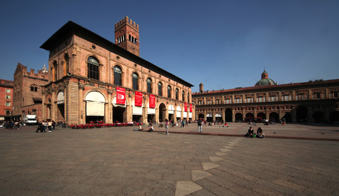 Plaza Mayor de Bolonia @Paolo Barone