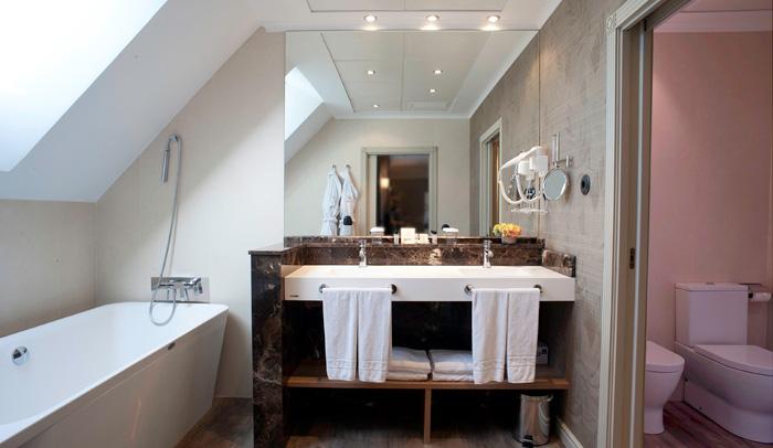 Baño de la Suite Tibidabo