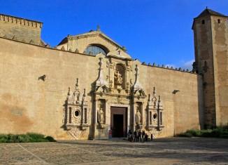 Entrada principal al Monasterio de Poblet