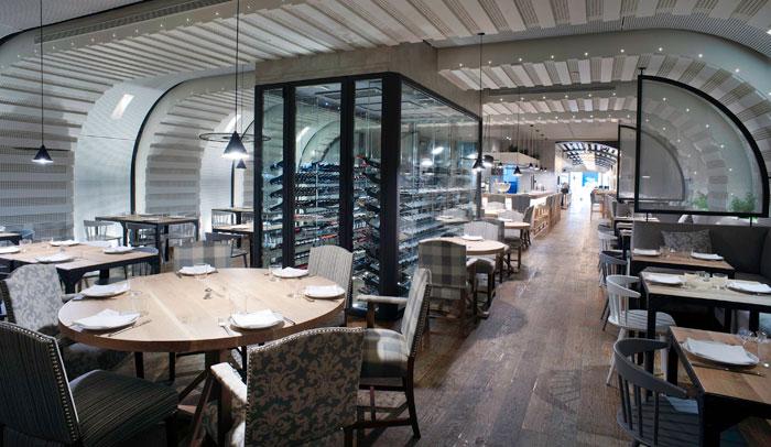 Interior restaurante Barcelona-Milano