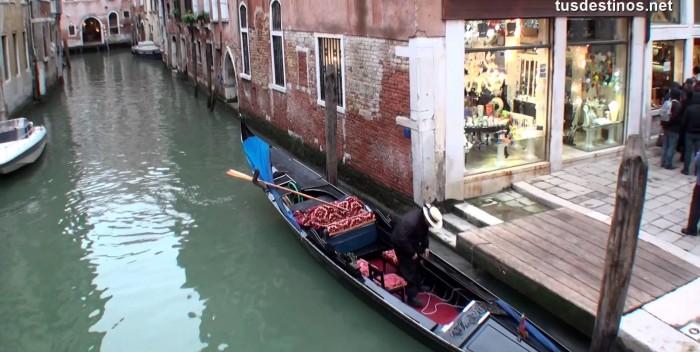 imagen Paseo en góndola por Venecia,…