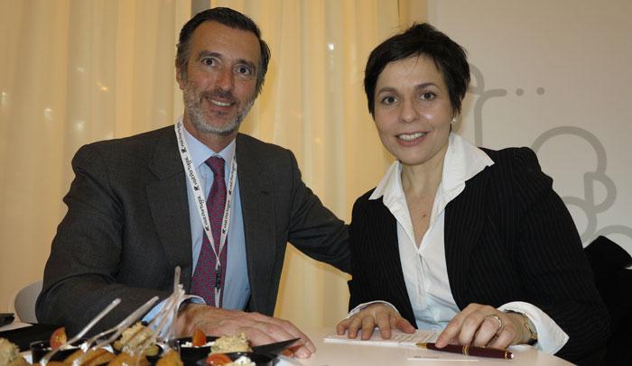 João Cotrim de Figueiredo, presidente de Turismo de Portugal, y María Jesús Tomé, editora de www.tusdestinos.net