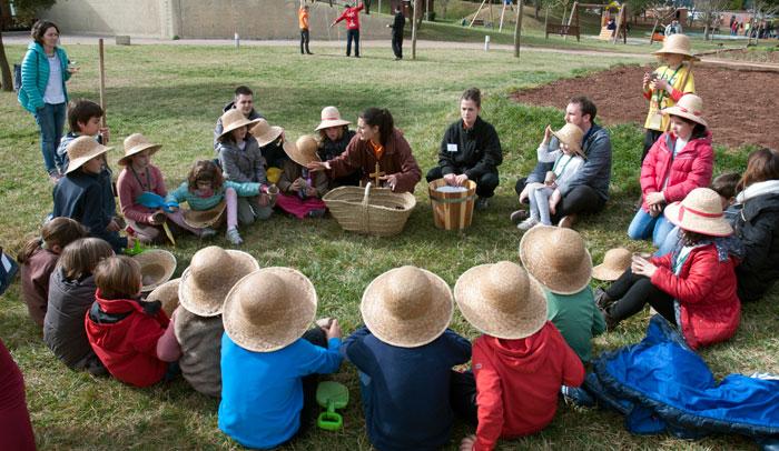 Actividades en el huerto del Vilar Rural de Cardona