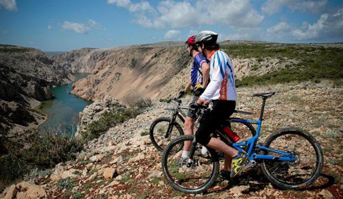 Croacia cuenta con zonas abruptas para practicar ciclismo de montaña