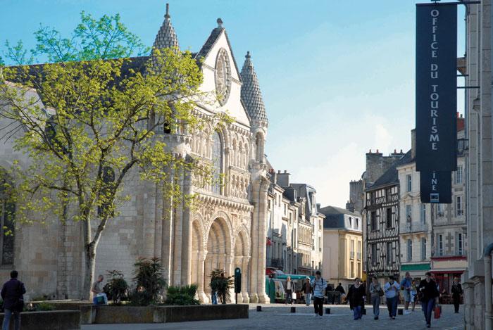 Notre Dame la Grande © Daniel Proux Office de Tourisme de Poitiers