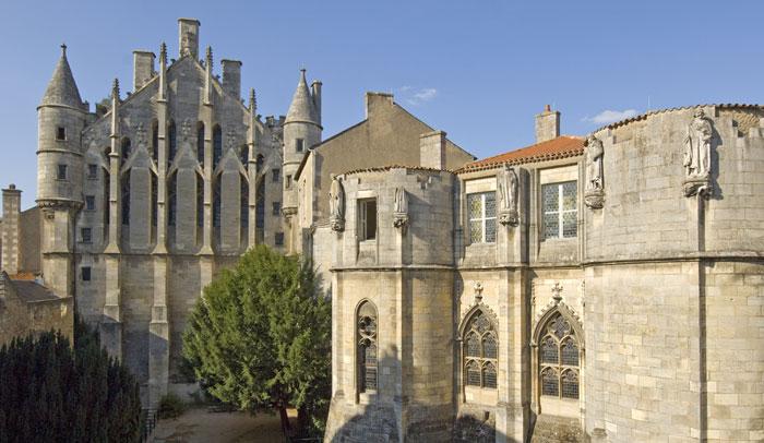 Torre Maubergeon © Gauthier Fleury. Office de Tourisme de Poitiers.