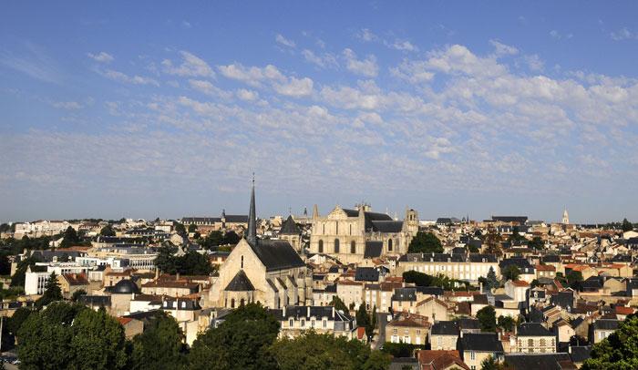 Vista aérea de Poitiers © Alain Montaufier Office de Tourisme de Poitiers