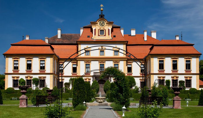 Palacio Jemniste @CzechTourism