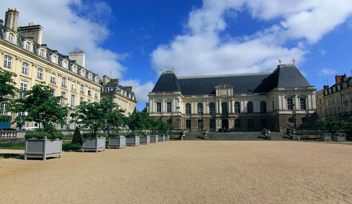 Palacio del Parlamento de Bretaña