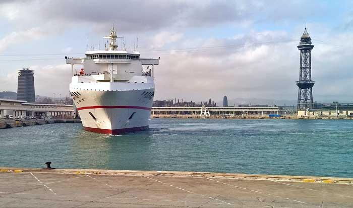 Juan J Sister en el puerto de Barcelona