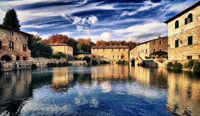 Valle de Orcia, en la Toscana (Italia)  Tusdestinos.net - Turismo y viajes
