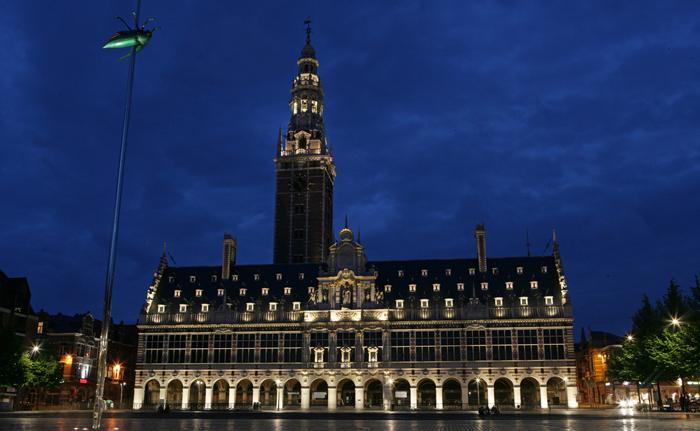 Edificio de la biblioteca de la Universidad de Lovaina. © Toerisme Leuven