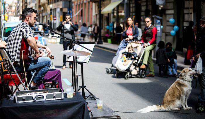 Actuación en la calle durante el Gijón Sound Festival