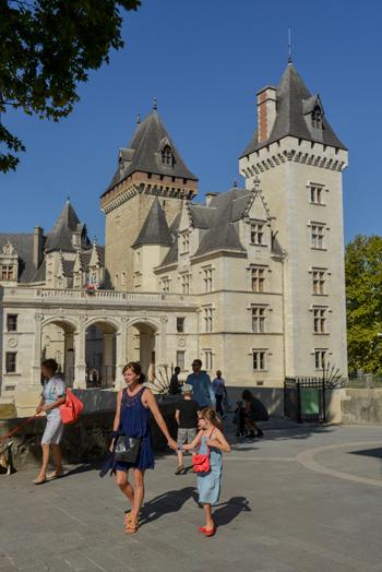 Castillo de Pau © Alban Gilbert
