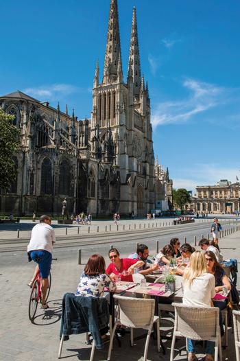 Catedral de Saint-André,en la plaza Pey Berland © Vincent Bengold