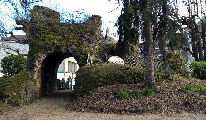 Restos del antiguo anfiteatro de Burdeos