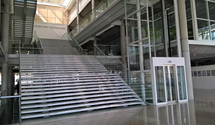 Centro de Arte Contemporáneo Carré d'Art de Norman Foster