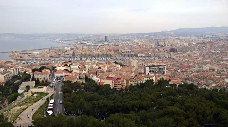 Vistas de Marsella desde la basílica de Notre Dame La Garde