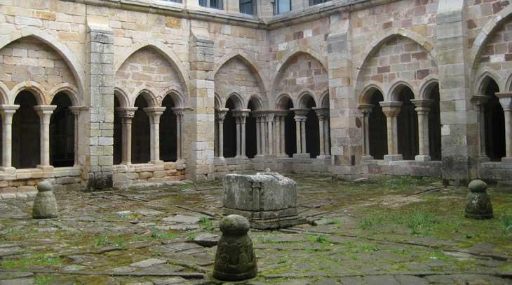 Claustro de Monasterio Santa María La Real