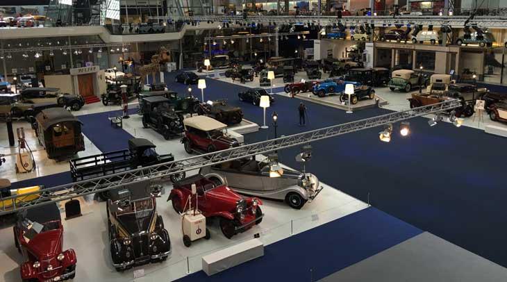 Autoworld, una de las mayores colecciones de vehículos del mundo