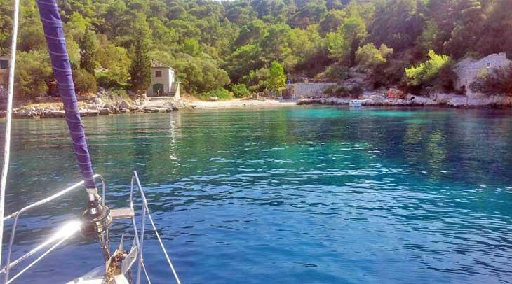 Cala de la isla de Lastovo
