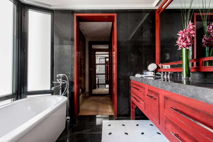 Uno de los baños de la Majestic Royal Penthouse