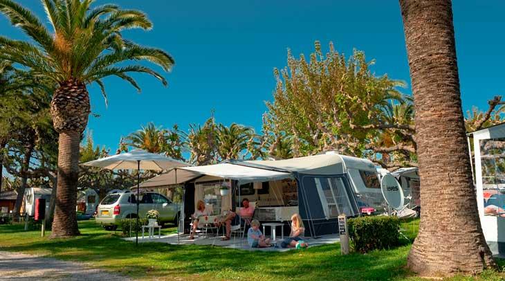 Parcela camping Playa Montroig