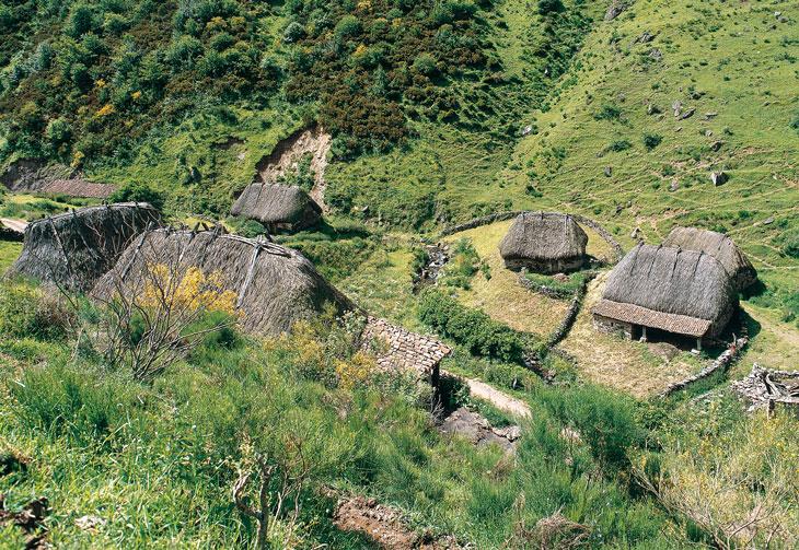 Braña de la Pornacal. Foto Juanjo Arrojo. Foto Cedida por Turismo de Asturias.